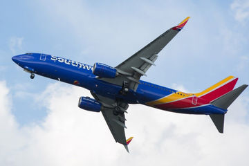 Southwest-airlines-plane-in-air