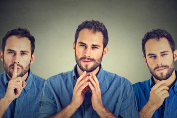 Decoding Body Language: 9 Clear Signs That Someone Is Lying