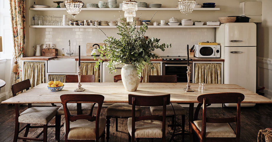 Airbnb Dining Area Cleaning Protocol COVID-19