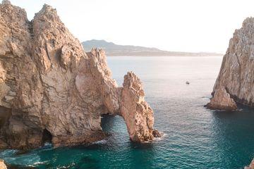 Los Cabos Arch Tourism Rebound