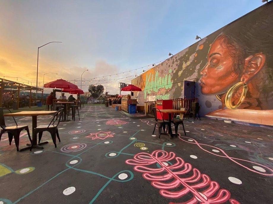 Seven West Oakland