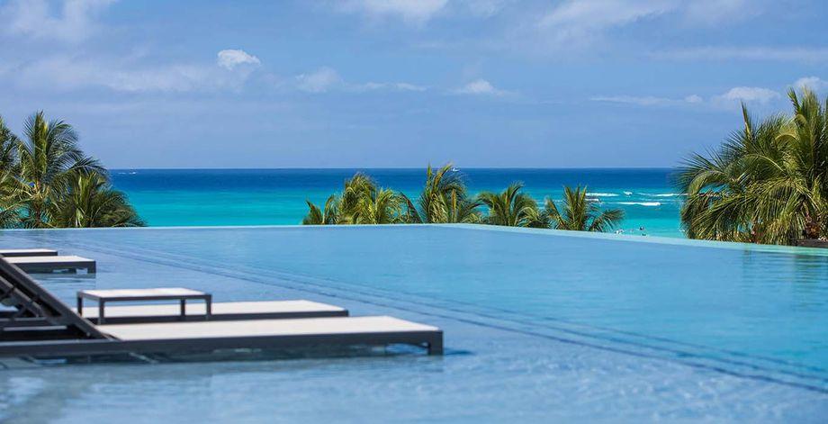 Alohilani Resort pool
