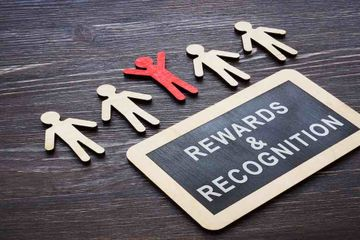 top-10-differences-rewards-recognition