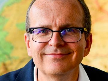 justin-francis-responsible-travel-CEO-profile
