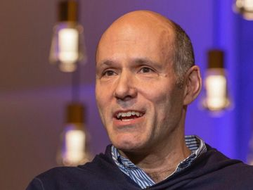Expedia Group names Peter Kern as new CEO, lands $3B financing package