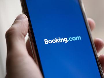 "Booking Holdings feels ""full impact"" of coronavirus as gross bookings plunge 91% in Q2 2020"