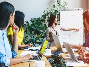 hospitality-boardroom-diversity