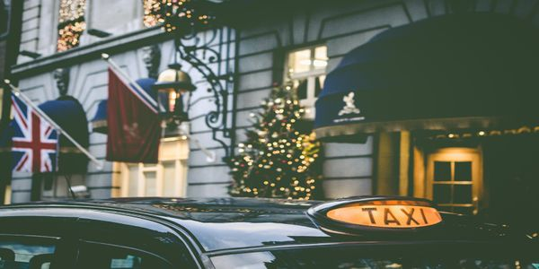 Evolution warning: Are hotel owners in danger of becoming the new taxi drivers?