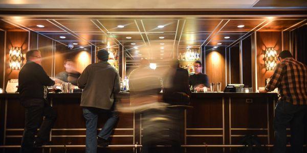 hotel-lobby-blur