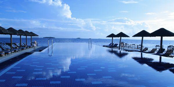 hotel pool infinity