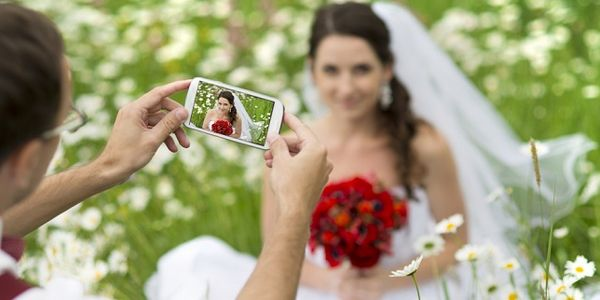Sign of the times - hotels add social media to wedding packages