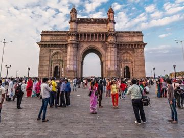 Yatra brings in Travel-Logs for new urban tours brand