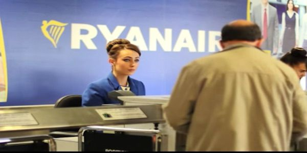 Ryanair sticks to customer experience strategy as profit declines