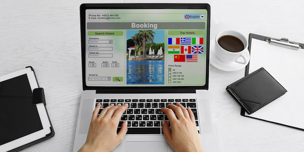 Fighting for the top slot in hotel SEM and SEO