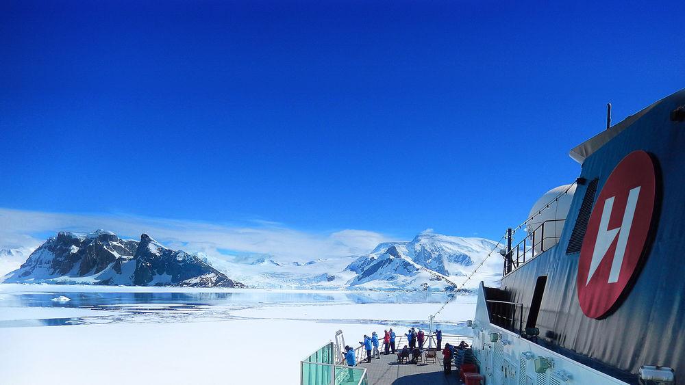 Hurtigruten Expeditions lead image