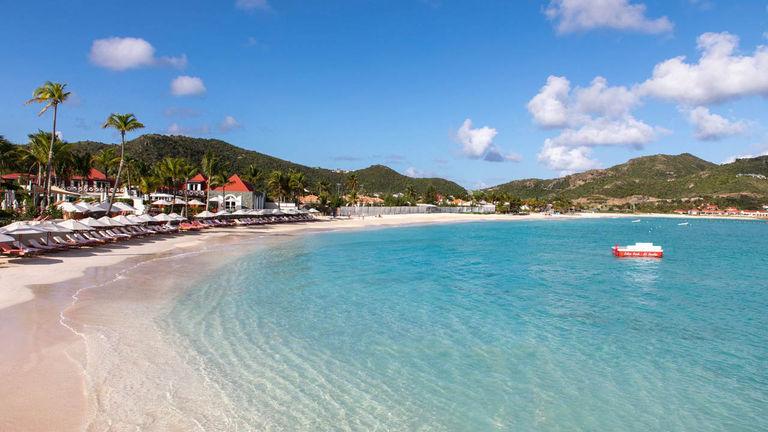 Eden Rock – St Barths is well-known for its pristine nearby beach and wide range of villa options.