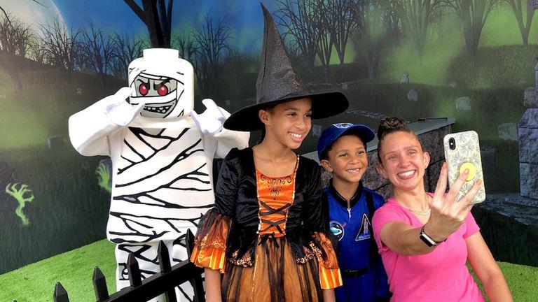 Halloween Theme Parks_PHOTO2