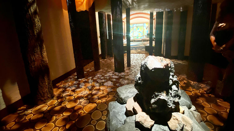 Clients will discover the authentic Tenaya Stone in the spa's circular Brush Arbor.