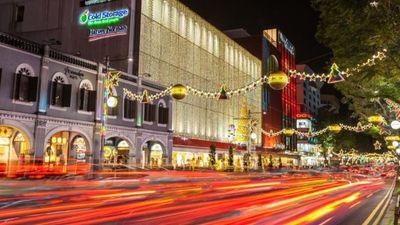 Qantas puts Singapore on its Christmas wish list