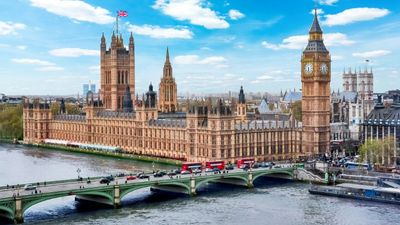 No more red, amber or green lights for UK's inbound travel