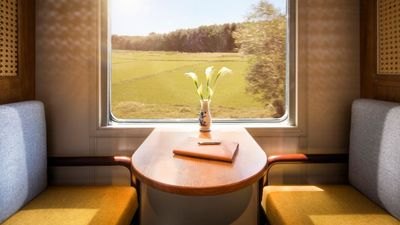 New luxury train Vietage pulls into south-central Vietnam