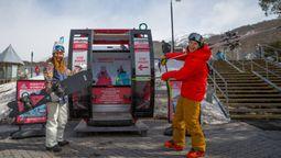 Australia's only alpine gondola on track for snow season