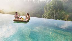 Floating breakfasts isn't just a gimmick now