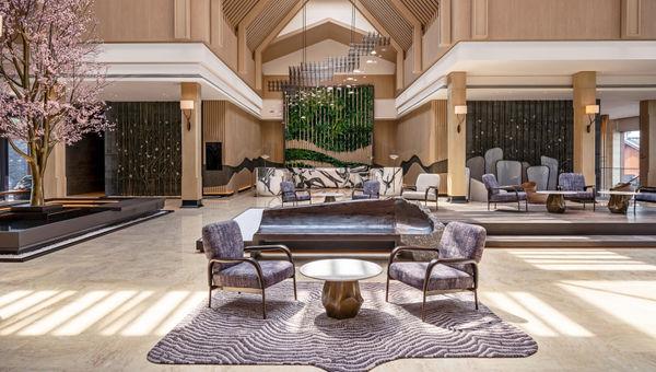 南京威斯汀温泉度假酒店大堂垂直花园