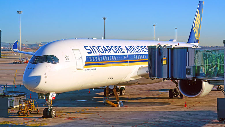 Singapore Airlines A350 [Credit: EQRoy/Shutterstock.com]