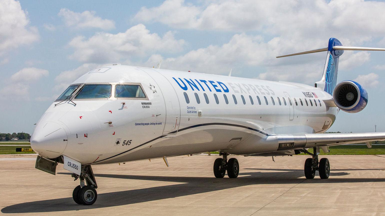T1101UNITEDCRJ550_C_HR [Credit: United Airlines]