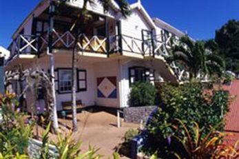 Scout's Place & Saba Divers