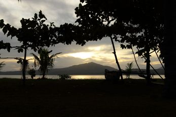 Kulau Lodge Beach Resort