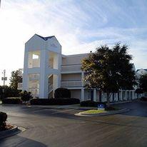 Baymont Inn & Suites Wilmington