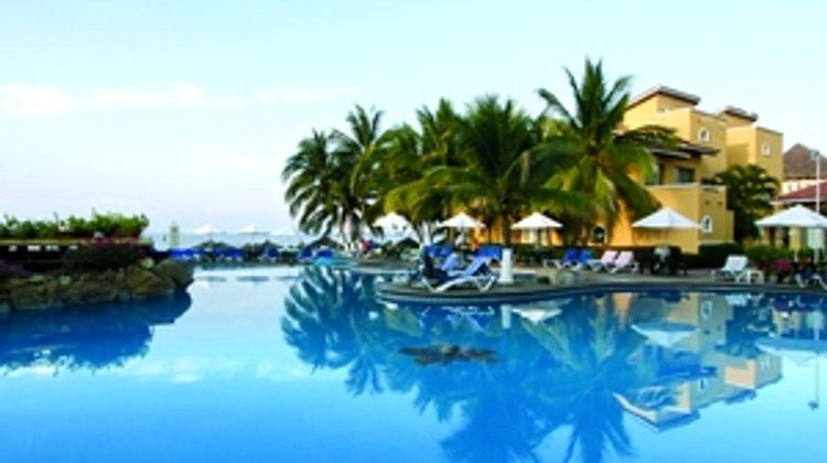 Tesoro Ixtapa Pool