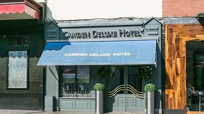 Camden DeLuxe Hotel