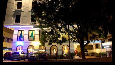 Hotel Grand Pavilion