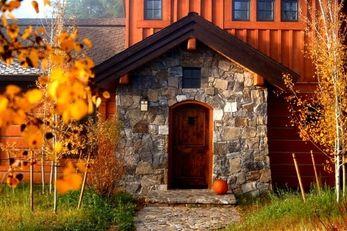 Rock Creek Cottages at Tamarack