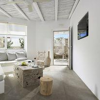 Delmar Apartments & Suites