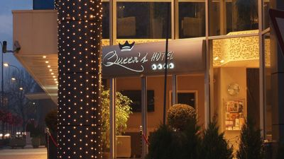 Queens Hotel