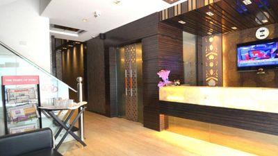 Hotel Metro View