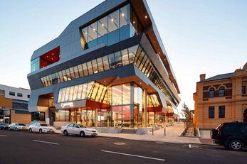 Paranaple Convention Centre