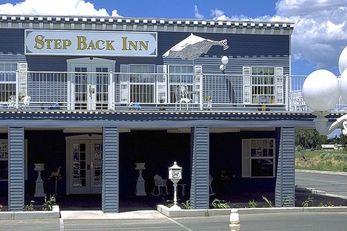 Step Back Inn