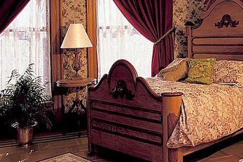 Nagle Warren Mansion Bed & Breakfast