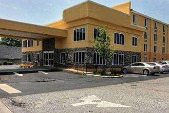 Quality Inn & Suites Greenvile