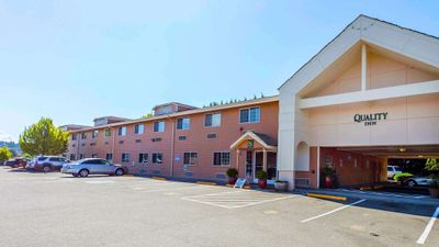 Quality Inn Seattle Premium Outlets