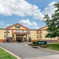 Quality Inn & Suites Lenexa-Kansas City