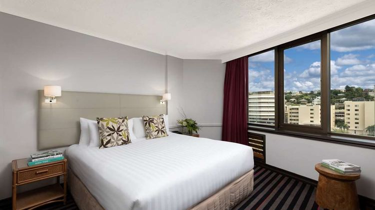 Rydges Southbank Townsville Suite