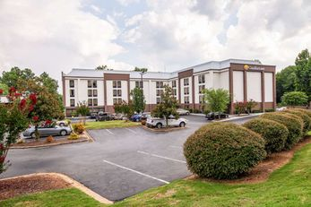 Comfort Inn Haywood Mall Area