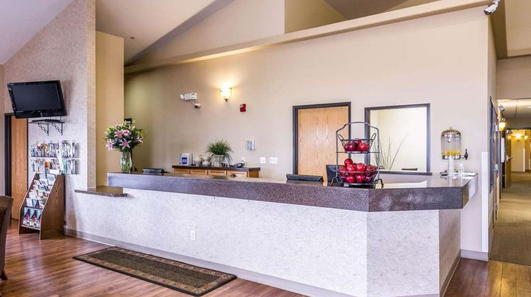 Quality Inn North Park Lodge Lobby