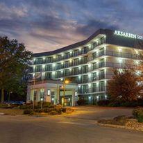 Aksarben Suites, a Trademark Hotel